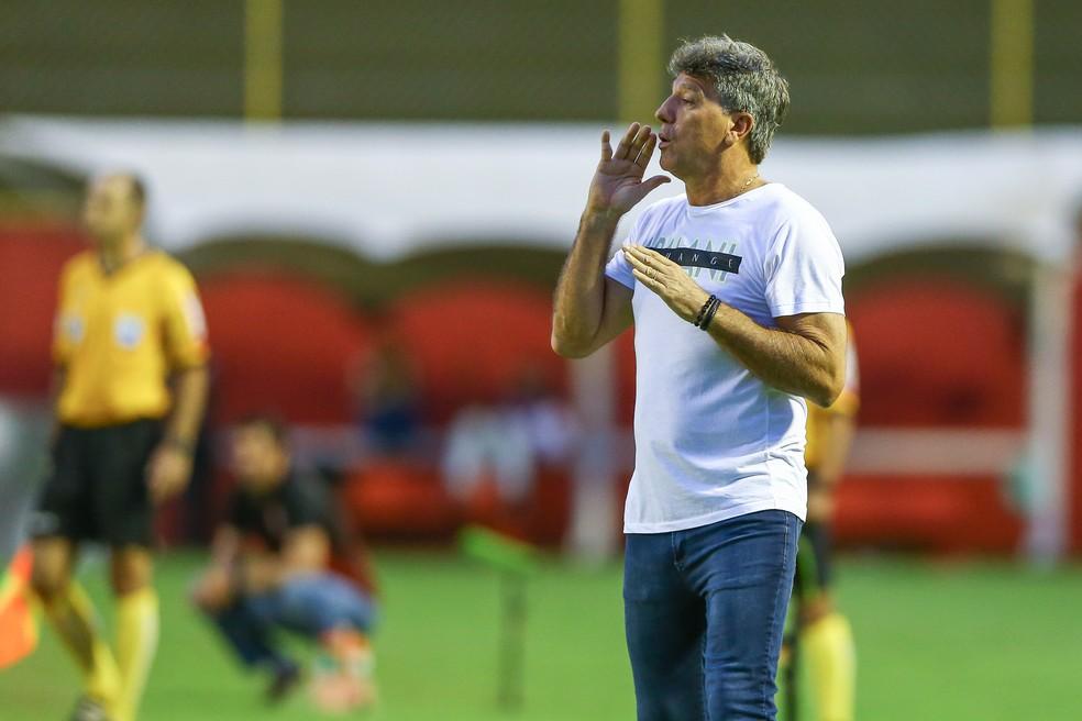 Renato terá papo com presidente Romildo — Foto: Lucas Uebel/Grêmio