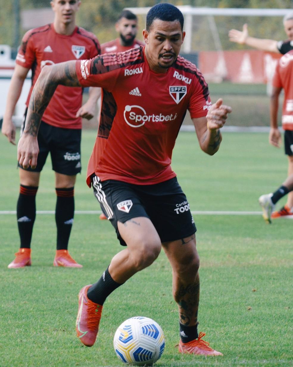 Luciano em treino do São Paulo — Foto: Fellipe Lucena / saopaulofc