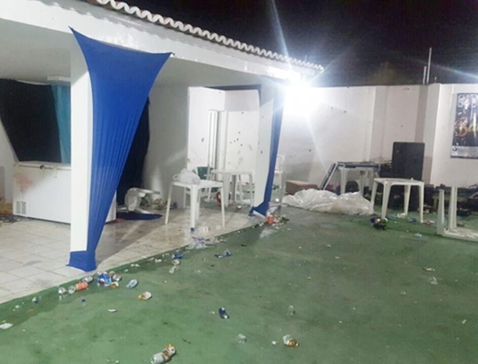 Baile aconteceu em uma casa de recepções no bairro Boa Vista — Foto: PM/Divulgação