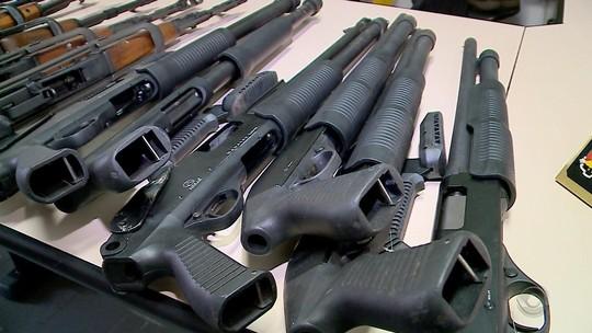 Armas apreendidas em garagem de casa em Estrela podem reforçar forças de segurança do RS