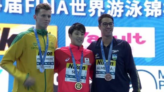 Brandonn Almeida crava melhor marca da carreira no 400m medley e é bronze no Mundial
