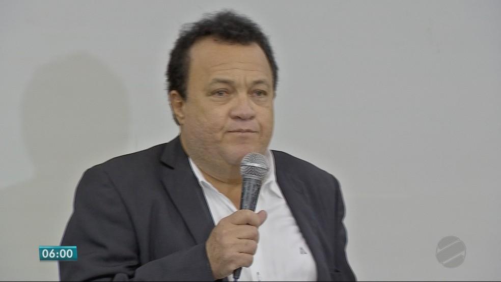 Gilberto Lopes Filho (PSOL), candidato ao Senado (Foto: TVCA/ Reprodução)