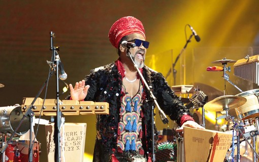 Carlinhos Brown, dos Tribalistas, no Lollapalooza