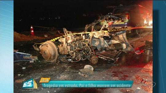 Pai e filho morrem em acidente de carro na ES-257, em Aracruz, ES