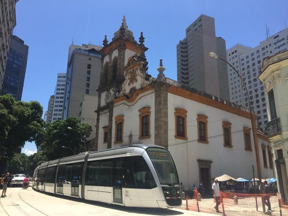 Linha 3 do VLT terá parada na Igreja de Santa Rita — Foto: Divulgação/Prefeitura do Rio