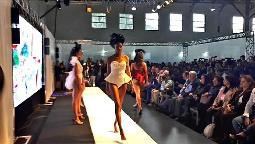 Fevest apresenta coleção primavera-verão 2020 de moda íntima — Foto: Franklin Vogas / G1