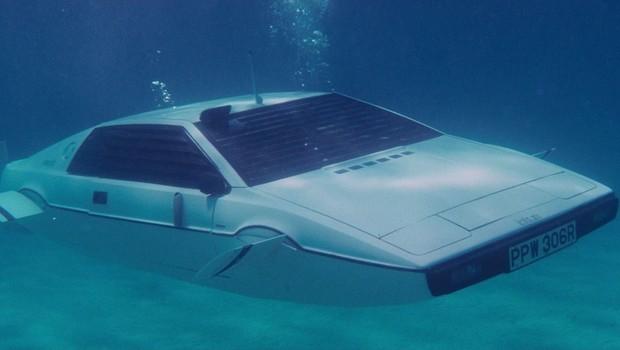 """Modelo Lotus Esprit do filme """"007 – O espião que me amava"""" (Foto: Divugação)"""