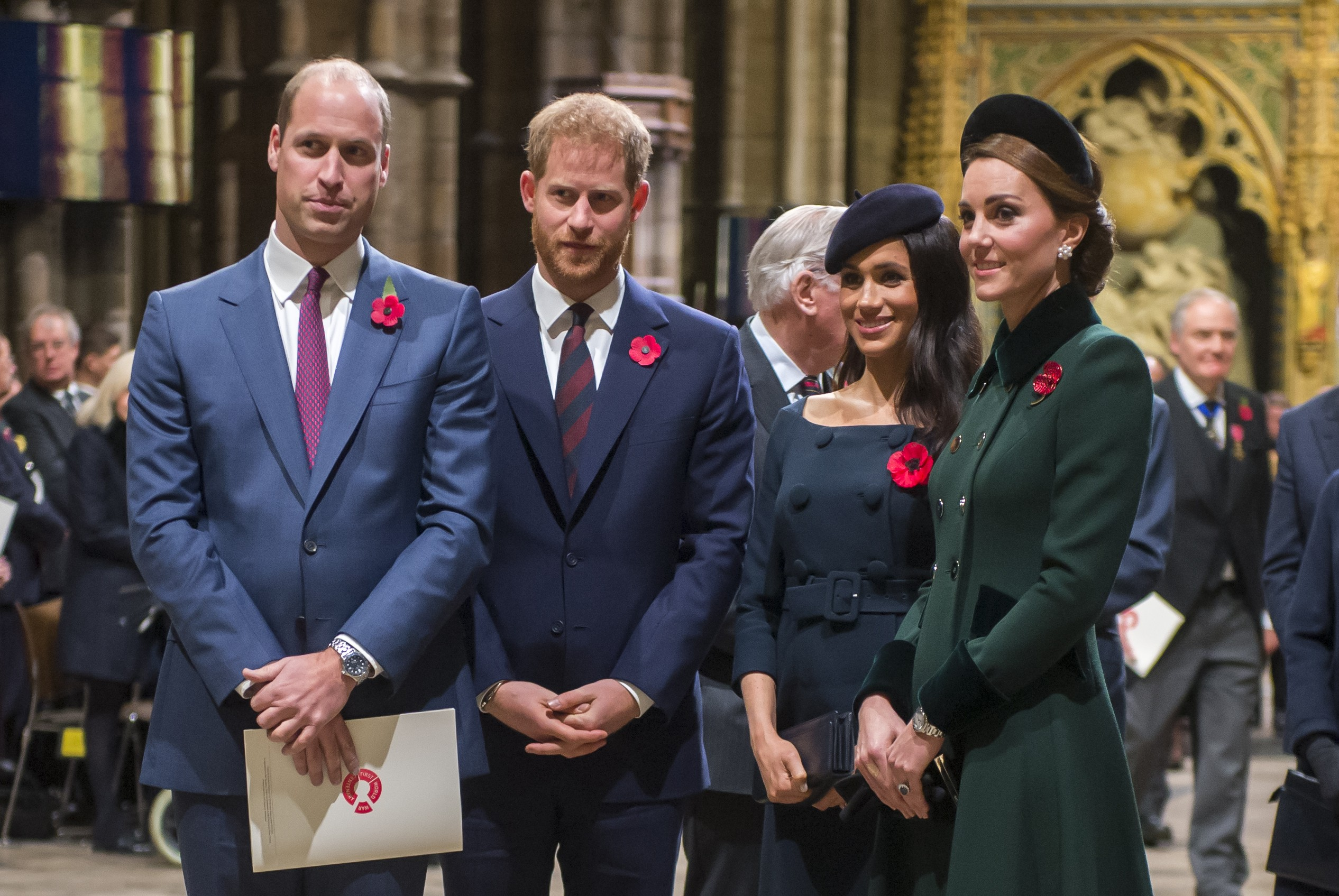 A atriz e duquesa Meghan Markle com o marido, Príncipe Harry, e o Príncipe William com a esposa, Kate Middleton (Foto: Getty Images)