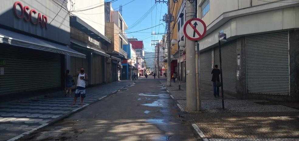 Em março de 2020, com as restrições necessárias por causa do coronavírus, Mogi viu sua rotina virar de ponta-cabeça de uma hora para outra e vários desafios surgiram, como manter a saúde e o emprego dos moradores — Foto: Débora Carvalho/TV Diário