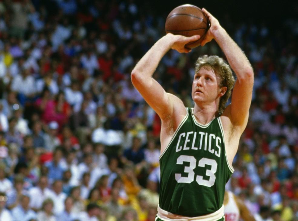 Boston Celtics de Larry Bird conquistou três títulos em seis temporadas — Foto: Focus on Sport/Getty Images