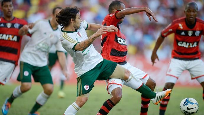 EXCLUSIVO: Segundo jornalista, Valdivia está perto de fechar com o Flamengo