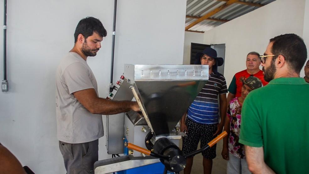 início da operação será nova fonte de geração de renda para famílias parceiras da iniciativa — Foto: Idesam