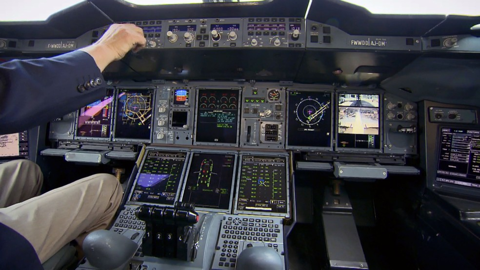 Cabine de avião (foto ilustrativa) (Foto: Reprodução)