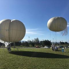 Balões da Altave que monitoram ambiente ao redor (Foto: Reprodução Facebook)