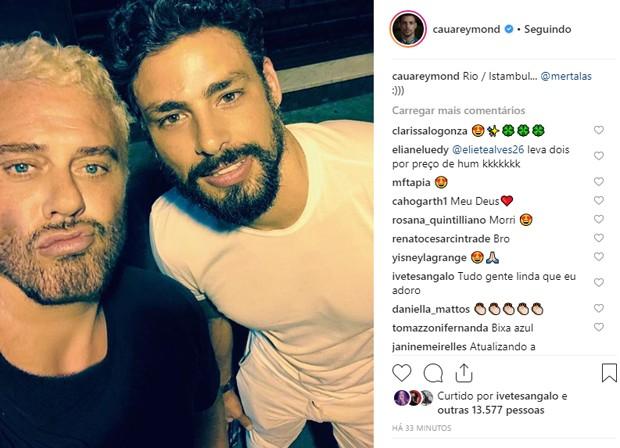Cauã Reymond e o fotógrafo Mert Alas (Foto: Reprodução/Instagram)