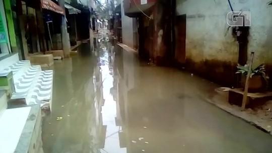 Uma semana após desabamentos, Muzema tem moradores ilhados