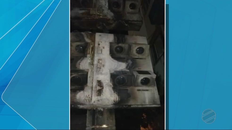 Ainda não se sabe as causas do incêndio (Foto: TVCA/ Reprodução)