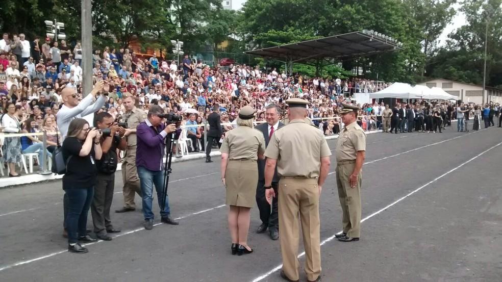Governador participou da formatura de policiais nesta quarta-feira (Foto: Odemar Andrade/NSC TV)