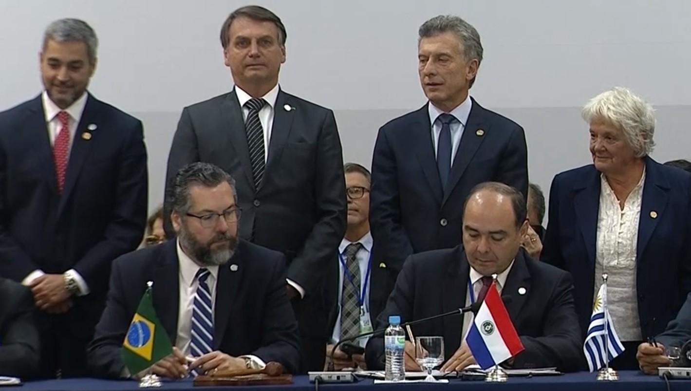 Países do Mercosul aprovam dobrar o limite de isenção de bagagem para US$ 1 mil