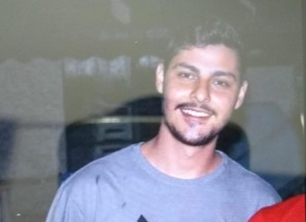 Jovem de 20 anos morreu no acidente na rodovia em Tupã  (Foto: Arquivo pessoal)