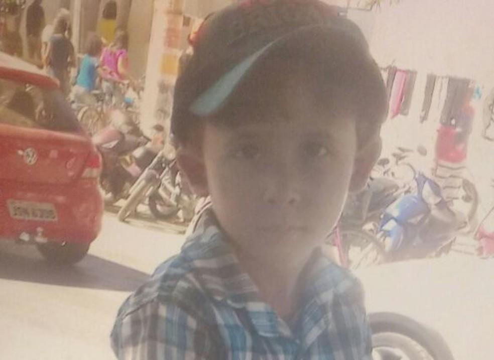 Juan Pablo Cruz, 4 anos, uma das crianças mortas na tragédia na creche em Janaúba (Foto: Reprodução/Arquivo Pessoal)