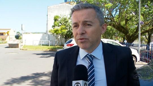 Justiça nega pedido pra afastar vereador do cargo