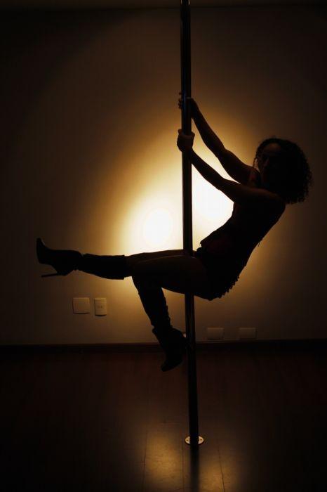 e056b8d1d9ff6 STJ decide hoje se pole dance só pode ser ensinado por professor de educação  física   Ancelmo - O Globo