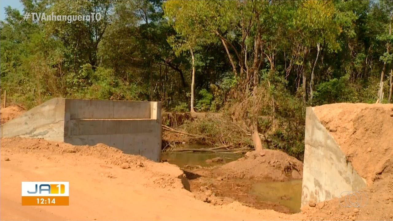 Moradores reclamam de ponte inacabada e temem acidentes no local das obras - Notícias - Plantão Diário
