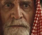 Na segunda-feira (6), Aziz (Herson Capri) morrerá e pedirá que Jamil (Renato Góes) cuide de Dalila (Alice Wegmann) | Reprodução
