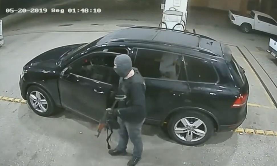 Novos vídeos mostram ataque de quadrilha à agência da Caixa em Pouso Alegre, MG - Noticias