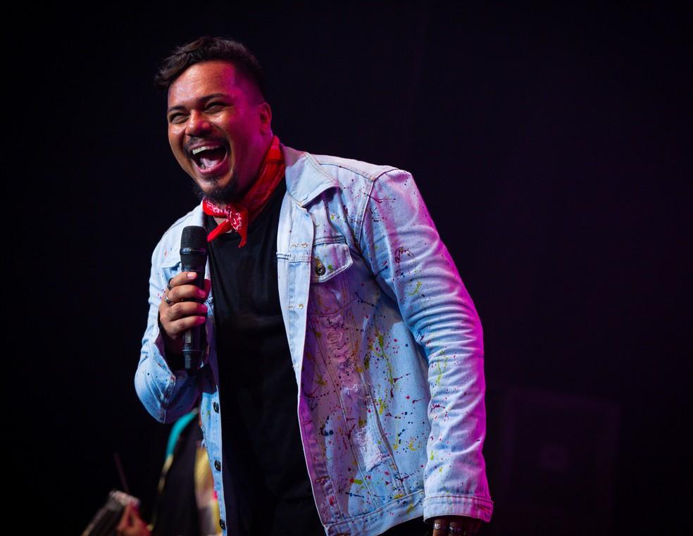 Bruno Cardoso, vocalista do Sorriso Maroto — Foto: Vitor Branco/Sorriso Maroto/Divulgação