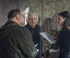 Fabricio Mamberti dirige Marco Nanini e Bruna Marquezine em cena de 'Deus salve o rei' | Rede Globo / Cesar Alves