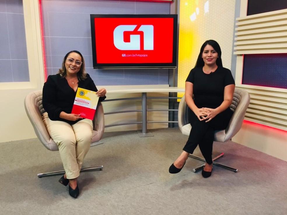 Enfermeira Alzerina falou sobre parto humanizado em entrevista com a jornalista Dominique cavaleiro — Foto: Geovane Brito/G1