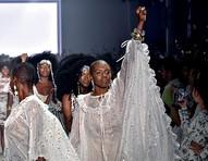 SPFW institui cota racial obrigatória para 50% dos modelos nos desfiles