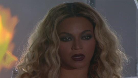 Beyoncé faz show principal do palco Mundo no primeiro dia do Rock in Rio
