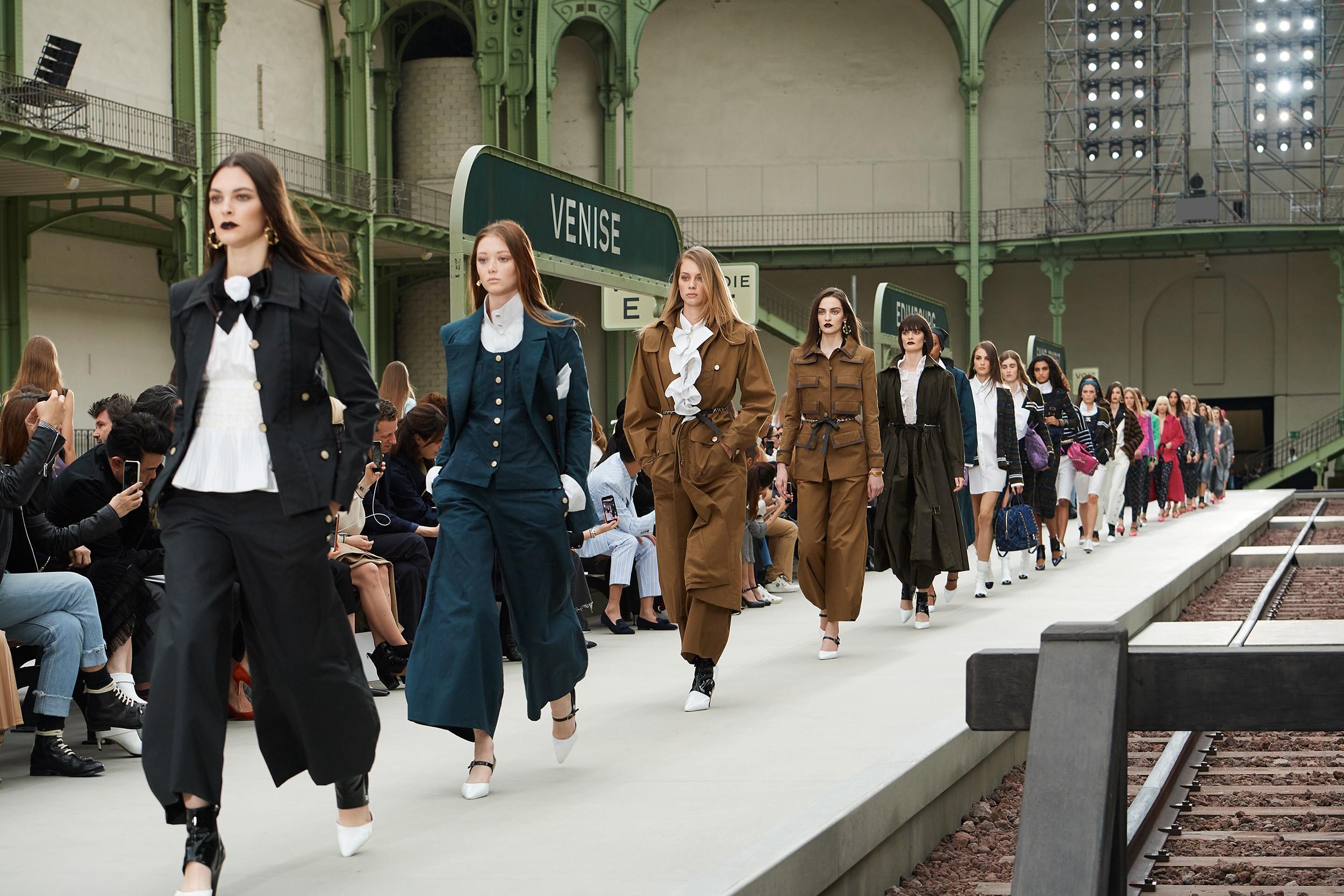 Resultado de imagem para Chanel compra ações de empresa eco-friendly e reforça seu compromisso com um futuro sustentável