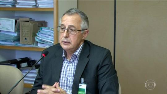 Delator diz que Mantega indicou conselheiros para o Carf ligados a esquema de corrupção