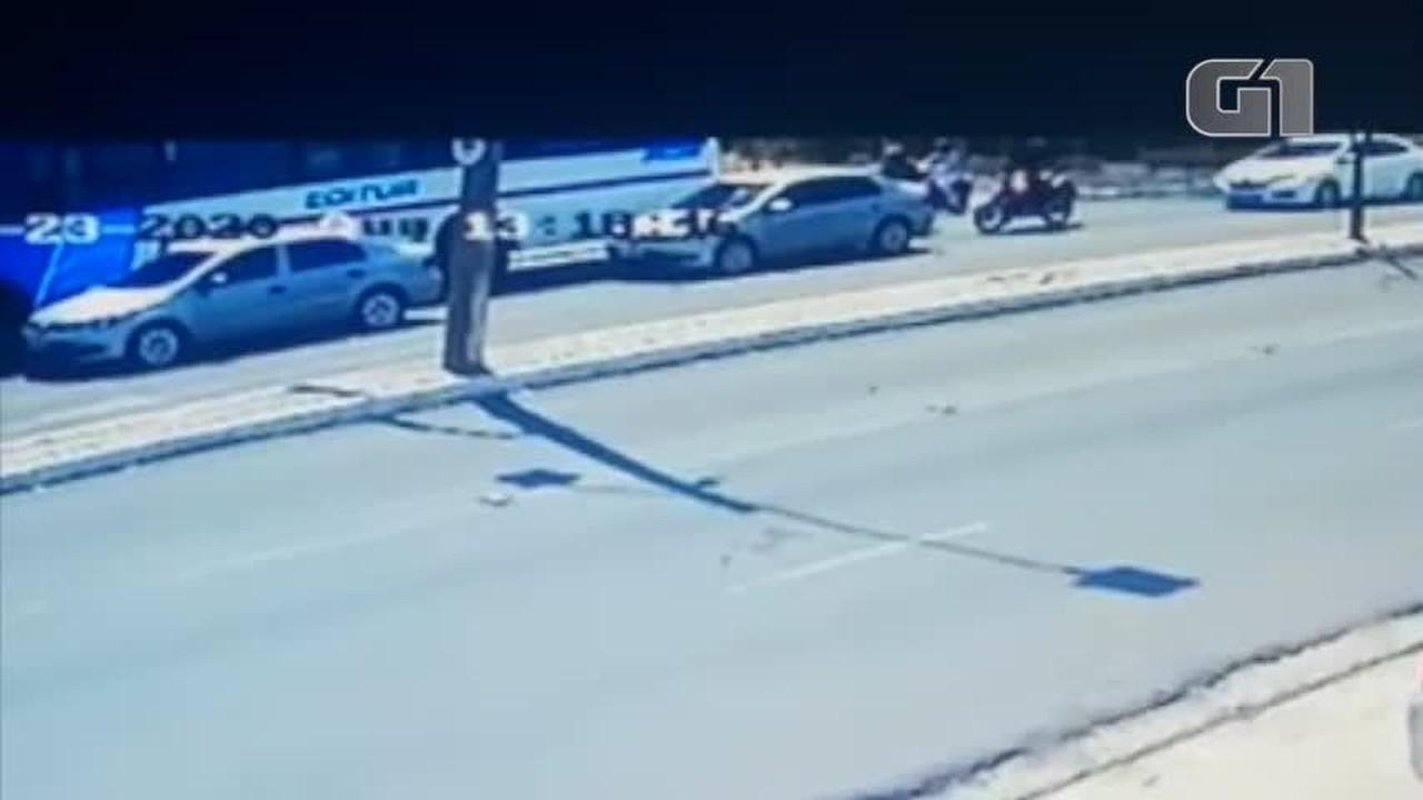 Mototaxista morre em acidente envolvendo seis veículos em Teresina