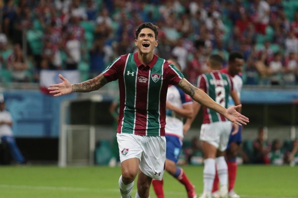 Pedro comemora gol pelo Fluminense — Foto: Tiago Caldas / Agência Estado