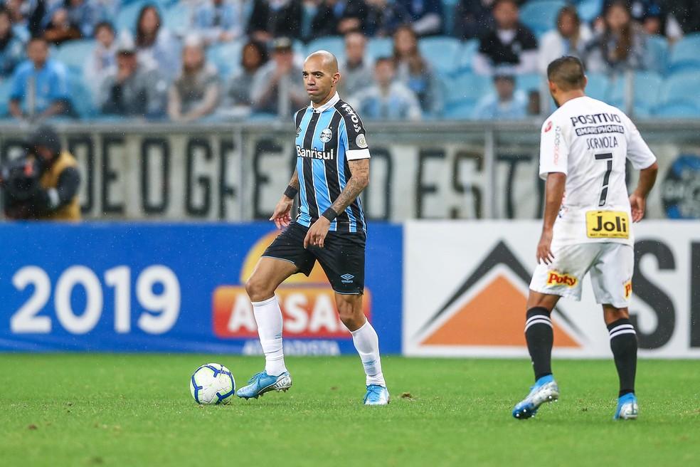 Diego Tardelli foi a principal contratação da temporada — Foto: Lucas Uebel / Grêmio, DVG