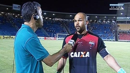 """Márcio lamenta erros individuais: """"Ocasionamos a vitória do Sampaio"""""""