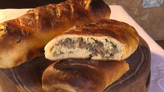 Aprenda a preparar pão de batata-baroa com carne de sol
