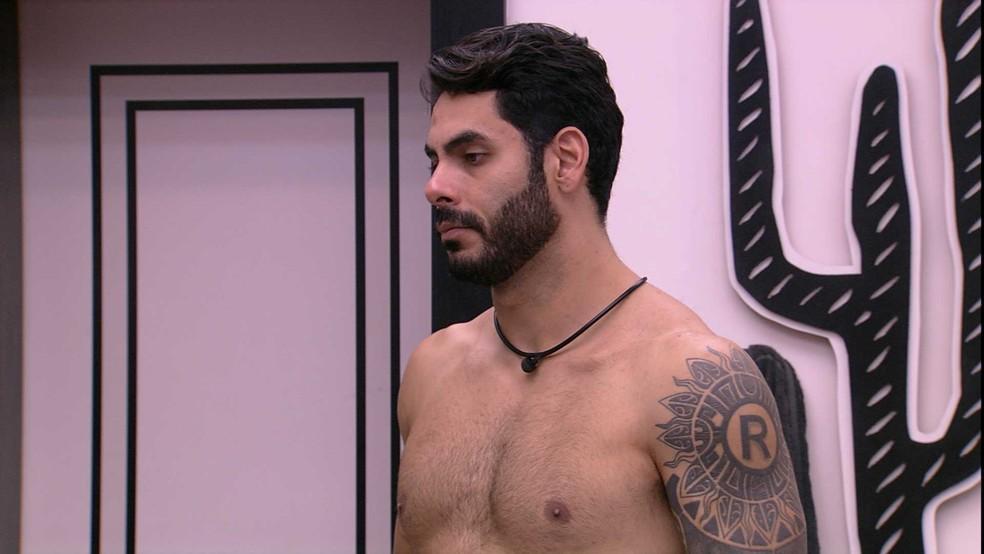 Rodolffo e Caio comentam sobre a formação do Paredão — Foto: Globo