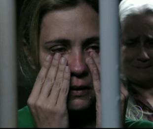 Carminha (Adriana Esteves) matou Max em 'Avenida Brasil' (2012) | Reprodução da internet
