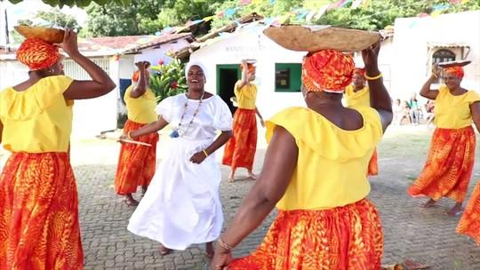 Na Ilha do Paty, tradição das Paparutas mistura culinária, música e dança