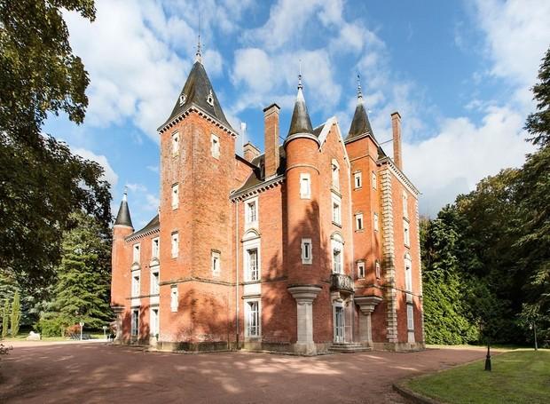 Castelo em Borgonha-Franco-Condado, França (Foto: Divulgação)