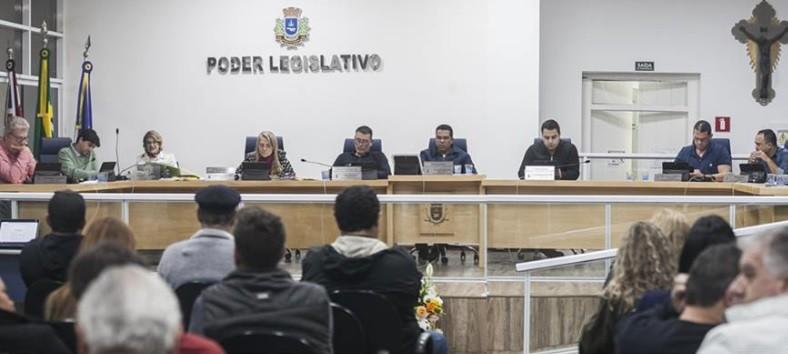 CPI do Ilhabela Comedy: prefeitura vai exonerar secretário de Cultura após relatório da Câmara - Notícias - Plantão Diário