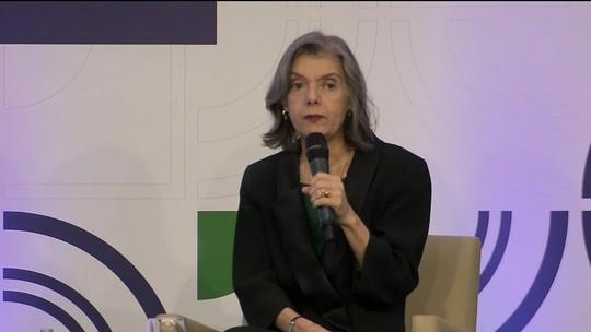 Cármen Lúcia diz que Brasil passa por mudança 'perigosamente conservadora' nos costumes