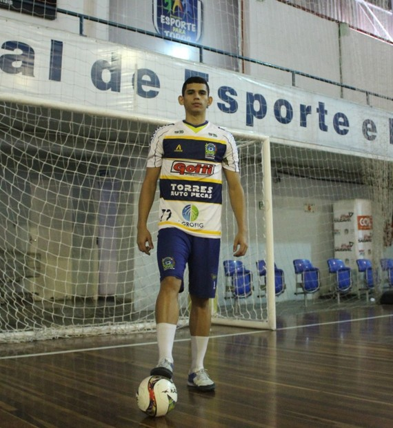 1ef23a70dc916 Futsal