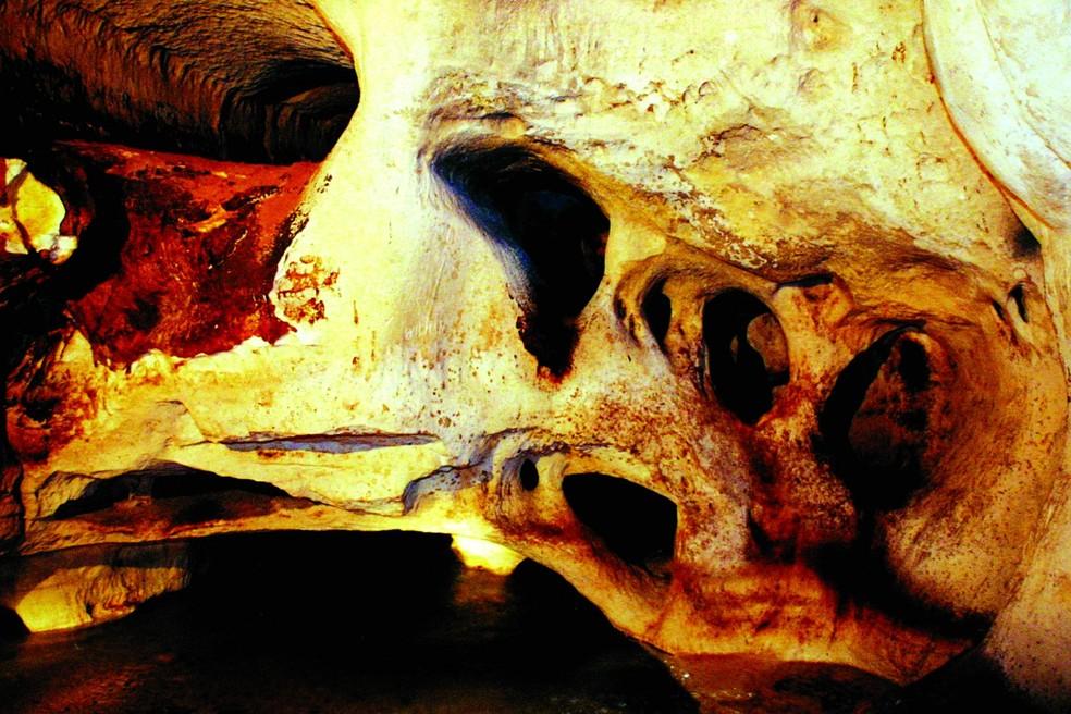 Caverna que chora, no município de Jaciara — Foto: Secom-MT